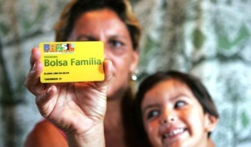 Proposta amplia Bolsa Família durante pandemia do coronavírus